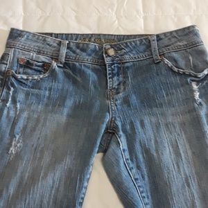American Eagle  Artist Jeans Sz 10 factory distres